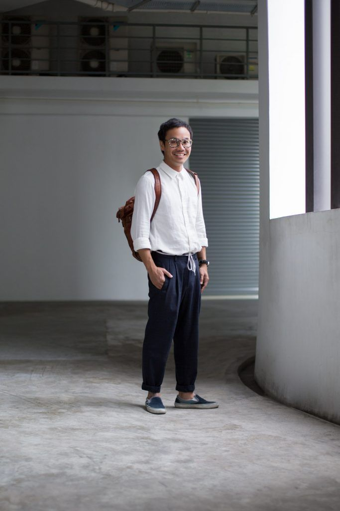 SHENTONISTA: Life Experience. Jason, Creative. Top from MUJI, Pants from ASOS, Shoes from Vans, Watch from IWC, Bag from HARDGRAFT, Glasses from Mystic Vintage. #shentonista #theuniform #singapore #fashion #streetystyle #style #ootd #sgootd #ootdsg #wiwt #popular #people #male #female #womenswear #menswear #sgstyle #cbd #MUJI #ASOS #Vans #IWC #HARDGRAFT #MysticVintage