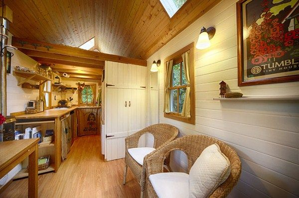 Cozy Tiny House on Wheels | Home Design, Garden & Architecture Blog Magazine