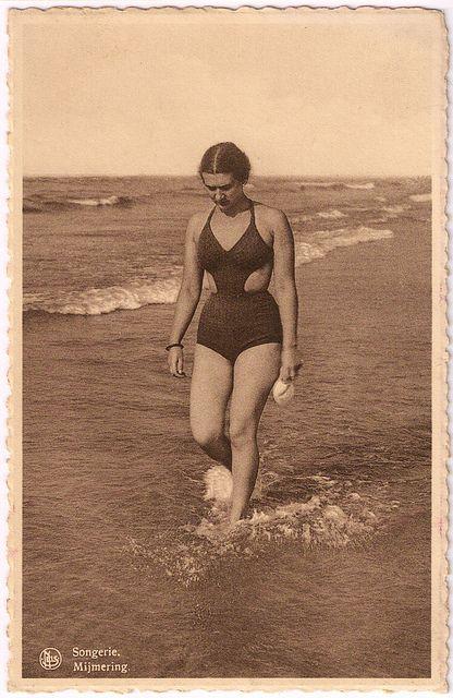 Vintage bathing suit 30s 40s fashions unique vintage style cut out sides woman…