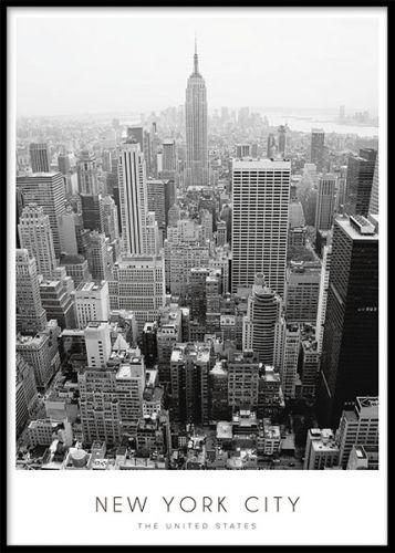 Poster / tavla med svartvitt fotografi över New York. Snygg New York affisch. Affischer och planscher med New York fotografier. www.desenio.se