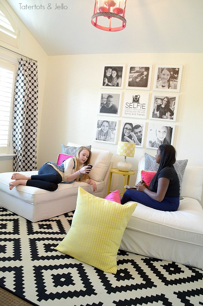Teen/Tween Hangout Room Reveal! [#inawaverlyworld]---a selfie gallery wall. May 2014.