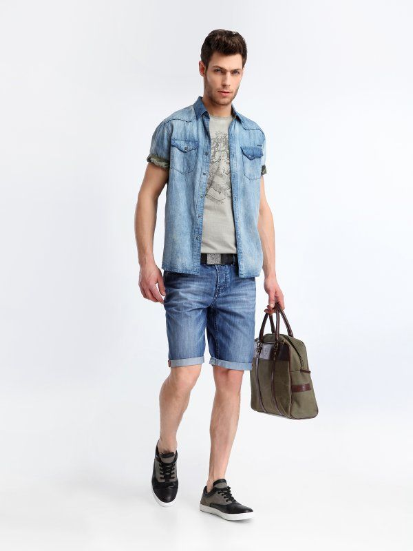 http://www.topsecret.pl/koszula-meska-bawelniana-shaped-fit-koszula-krotki-rekaw--do-pracy-na-co-dzien-na-impreze-sks0285-top-secret,26896,214,pl-PL.html#color=KOLOR_8