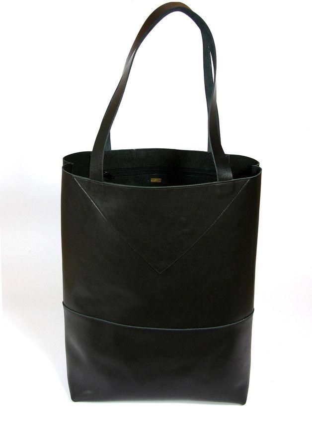 shopper tote bag tasche aus leder in schwarz totes. Black Bedroom Furniture Sets. Home Design Ideas