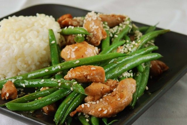 Chicken and Green Bean Stirfry with Sesame Seeds (just as tasty without chicken)..pair with a  Sauvignon Blanc, such as Signaterra Shone Farm.