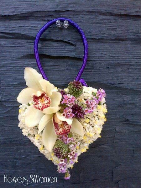 .Heart flower purse