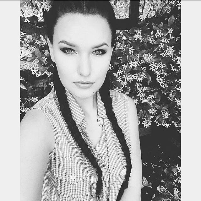 Top 100 kim kardashian short hair photos #sultrylookfail #makeup #makeupartist #makeuplookoftheday #pigtails #braid #kimkardashianhair #pout #engagement #engaged #portelizabeth #easterncape #countryliving #countrygirl #tattooedgirl #tattoo #inked #inkedgirl See more http://wumann.com/top-100-kim-kardashian-short-hair-photos/