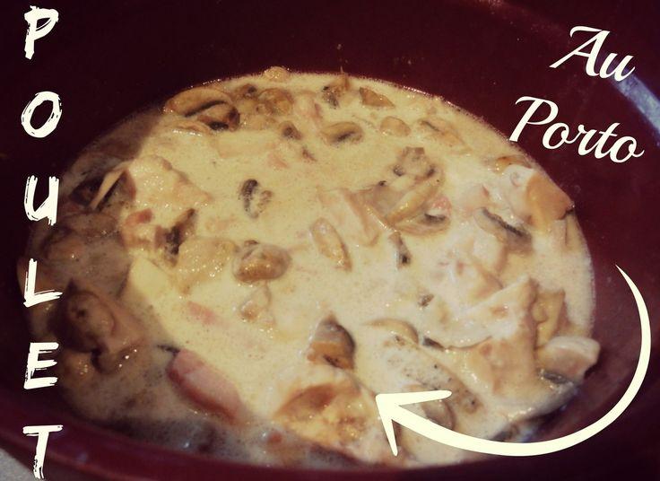 Poulet Au Porto et champignons Le petit nouveau de la gamme Cuisiner au micro-ondes n'a pas fini de vous surprendre !! Voilà une recette avec la toute première cocotte au micro-onde. Je vous la conseille car c'est un régal :) Ingrédients : 500g de blancs...