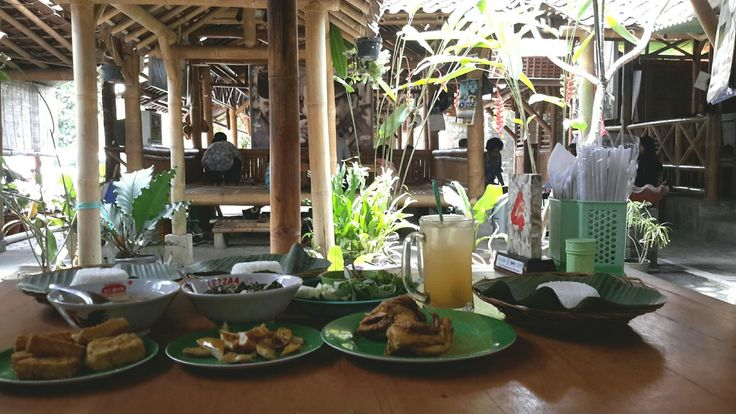 Ayam Goreng Kampung dan Jeroan Sapi Paling Enak di Yogyakarta ~ Tips Info Cara