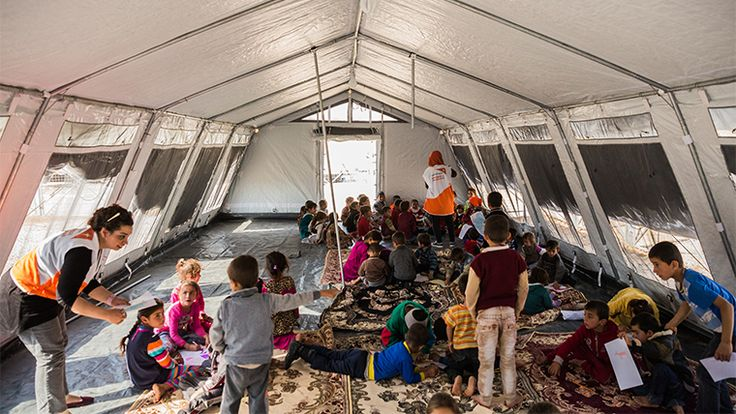 Since 17 October thousands of children have been displaced in northern Iraq as a result of military operations to retake the city of Mosul from ISIL.