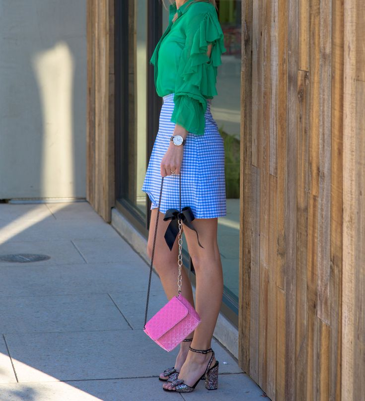 Velvet bag: http://bit.ly/2mdrO4z