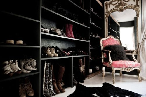 Room full of shoes? Yes please.