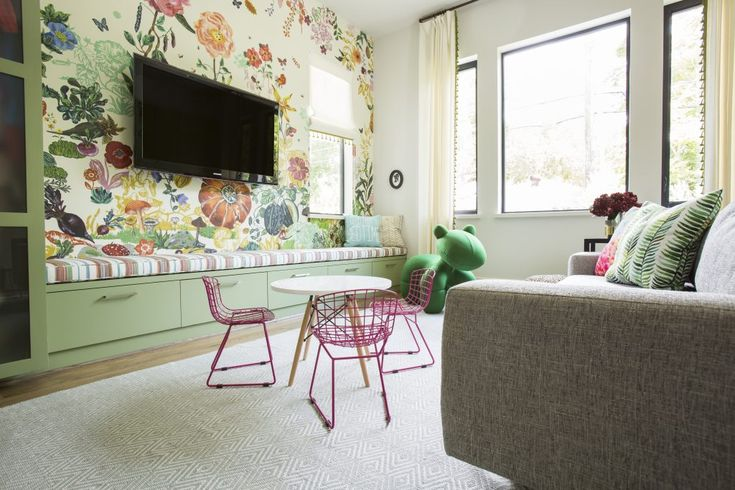 Contemporary Elegance in Houston   Interior Design by Marie Flanigan Interiors   Photography by Julie Soefer   Modern Sanctuary   Playroom Inspiration   Pretty Playroom   Contemporary Playroom   Wallpaper Inspiration   Floral Wallpaper   Storage Inspiration