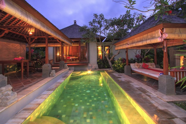 Balinese style courtyard- is this too much to hope for our back yard? I suspect the answer is yes.