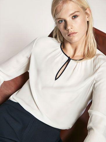 CAMISA DETALLE VIVO CONTRASTE Y VOLANTE de MUJER - Camisas y Blusas - Camisas Blancas de Massimo Dutti de Primavera Verano 2017 por 49.95. ¡Elegancia natural!