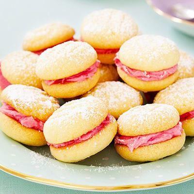 Málnakrémes puha kekszek (forrás:Recepttár.hu)