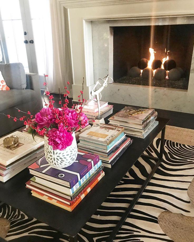 Best 25 Zebra Living Room Ideas On Pinterest Safari