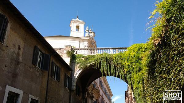 """#Romaè una città """"sospesa""""... #viagiulia  Scatto di @Valentina Cinelli con @Nokia Italia #Lumia1020"""