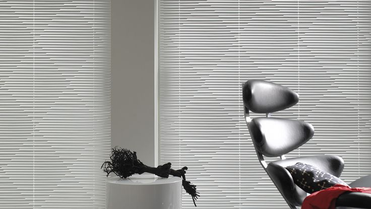 Disponible en @latorredecora y http://latorredecoracion.com/ Get inspired by Luxflex window decoration. Cortinas Venecianas - Cortinas Ondulette®
