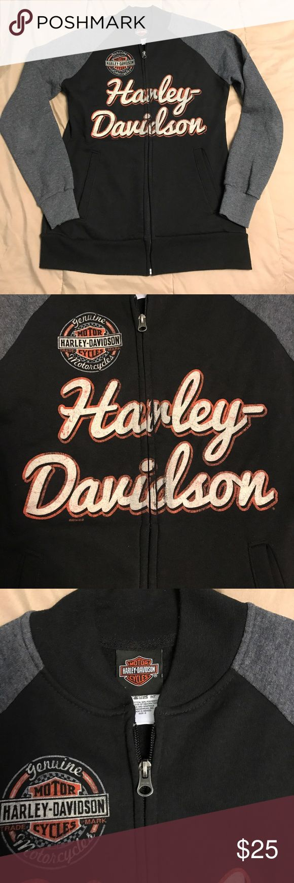 🏍 HARLEY DAVIDSON ZIP-UP SIZE S WOMENS SWEATSHIRT Harley-Davidson Women's size small zip-up sweatshirt! Nice thick cotton material, vintage writing on both front and back, original Harley orange! Super comfy! Goes great with everything! Will keep you nice and warm on a chilly ride or cozy and comfortable just lounging around! Harley-Davidson Jackets & Coats