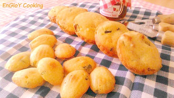 Focaccine e Madeleines salate | EnGioY Cooking