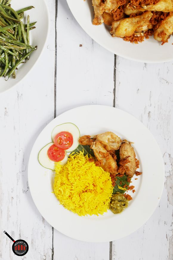 Turmeric rice | What To Cook Today. Aromatic and goes well with many entrees and side dishes ! Love the colors too!