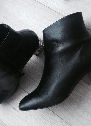 Kup mój przedmiot na #vintedpl http://www.vinted.pl/damskie-obuwie/botki/16138590-botki-ze-skory-naturalnej-hegos-z-ozdobym-obcasem-rozmiar-37