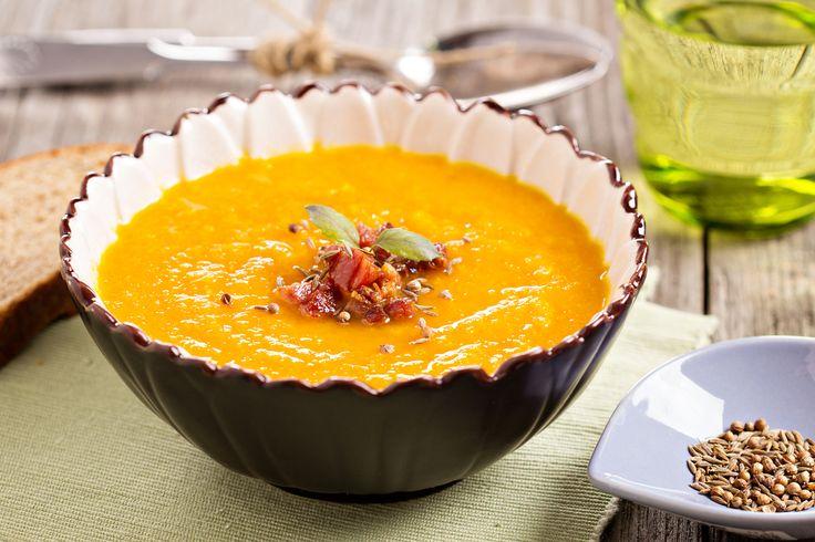 Крем-супы — это находка, потому что они всегда очень вкусные и легко готовятся. Попробуйте рецепт морковного крем-супа.