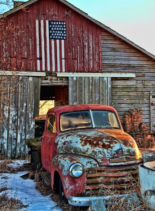 Old rusty #trucks, old #barns and Red, White & Blue….is cool! http://dennisharper.lnf.com/