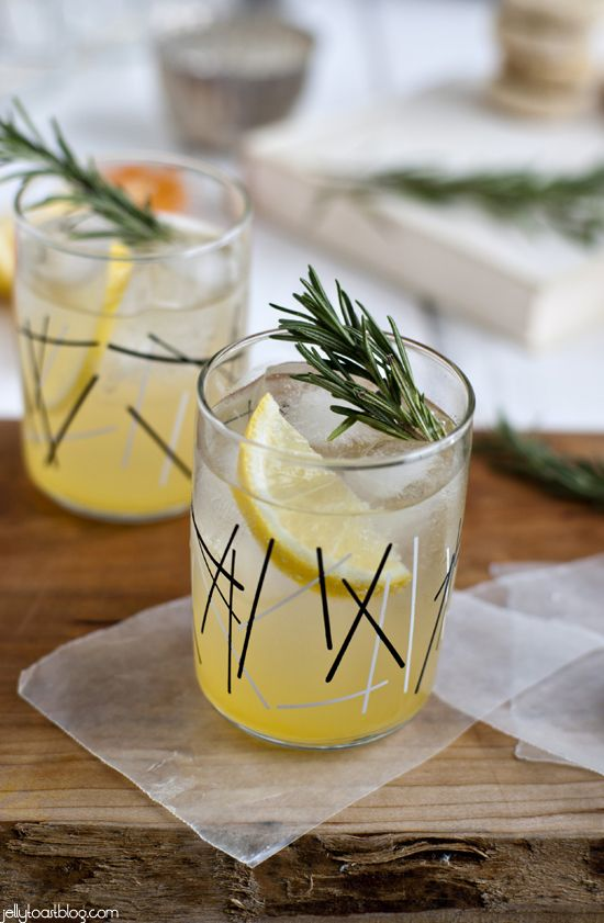 rosemary lemon shortbread + a rosemary citrus spritzer.