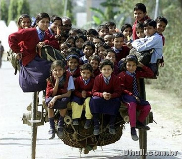 IMAGEM DA SEMANA : Transporte escolar na Índia