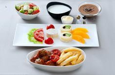 Turkish Airlines Business Class Special Meal Service (Image 3).