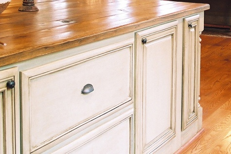 51 best images about kitchen cabinets on pinterest for Thermofoil cabinets