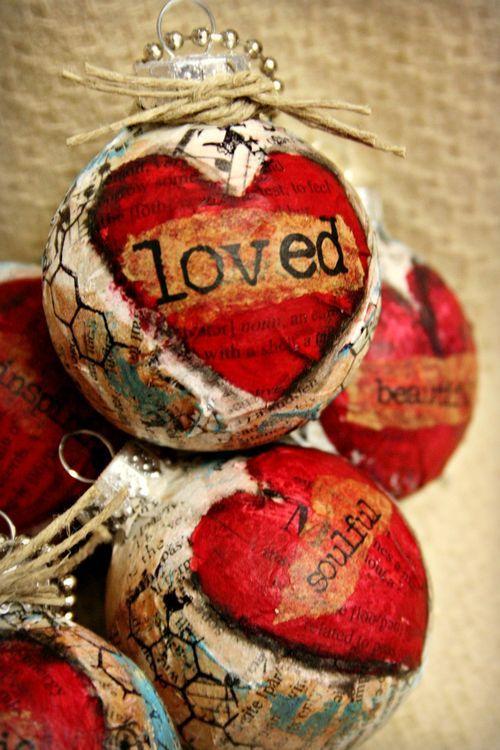 DIY: Mixed media ornaments...LOVE!