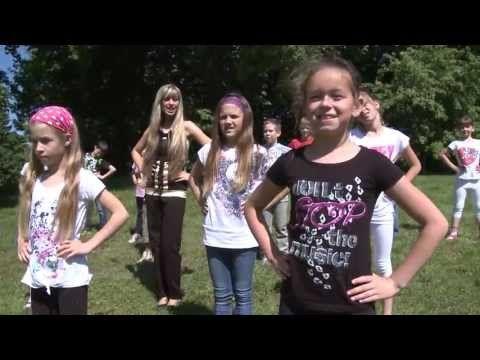 Napsugár Együttes - Móka torna - YouTube