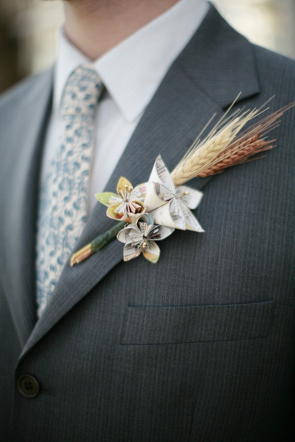 48 best floral alternative boutonnieres images on pinterest milwaukee wedding at the wherehouse by tammy horton photography solutioingenieria Image collections