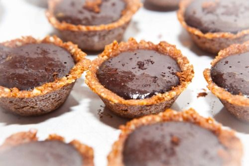 chocolate mousse peanut cups: made with banana and cacao