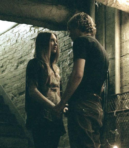 "Taissa Farmiga  Evan Peters as Violet  Tate Langdon in Season 1 ""Murder House"""