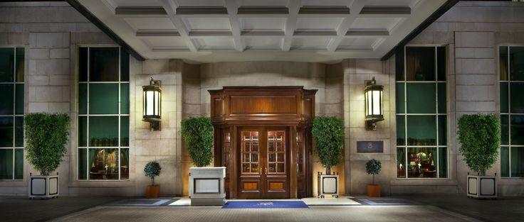The Ritz Carlton in Santiago, Chile: Luxury Business Traveler Best Resort in South America | Global Traveler USA - April 15, 2013 [Photography: The Ritz Carlton Santiago - Copyright ©]