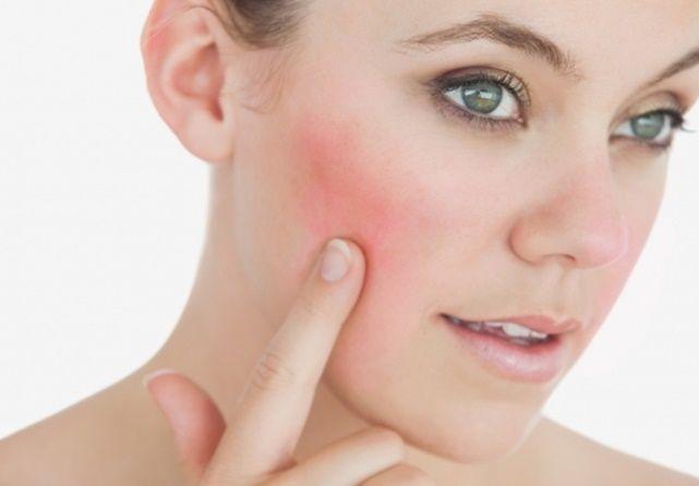 Perlas de onagra: Regula tu ciclo menstrual. El aceite extraída de la planta también conocida como prímula no solo ayuda a aliviar los síntomas premenstruales, sino que es un buen complemento natural para regular el ciclo menstrual, reducir los sofocos propios de la menopausia y los síntomas que acompañan a los ovarios poliquísticos. De propiedades medicinales legendarias, el aceite de onagra, rico en ácidos grasos y beneficioso incluso para los problemas de piel, se presenta en pequeñas…