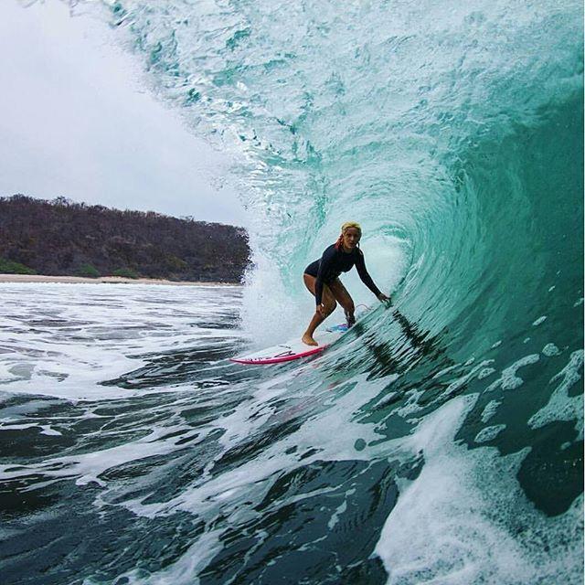 Girls Surfing Wallpaper: Steffi Kerson Photo By Tonyzphotos