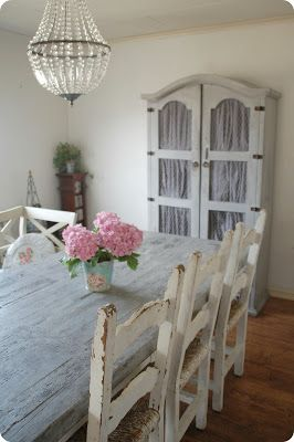 distressed dining room table and {hydrangeas}