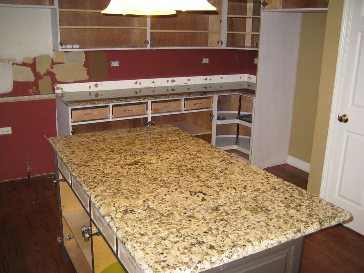 Granite Color Giallo Napoli 36 00 Per Sf Installed