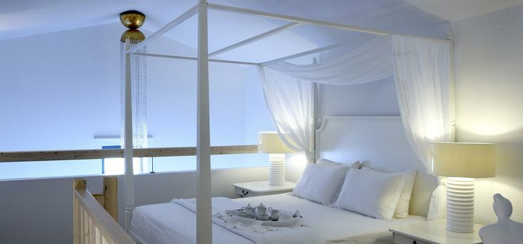 Luxurious suites in Diamond Deluxe Hotel.. Discover and choose the type of room suitable for you...