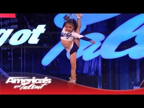 5-Year-Old Darby Is a High Flying Stunting Cheerleader - America's Got Talent. SHE IS SO TALENTED HOLY