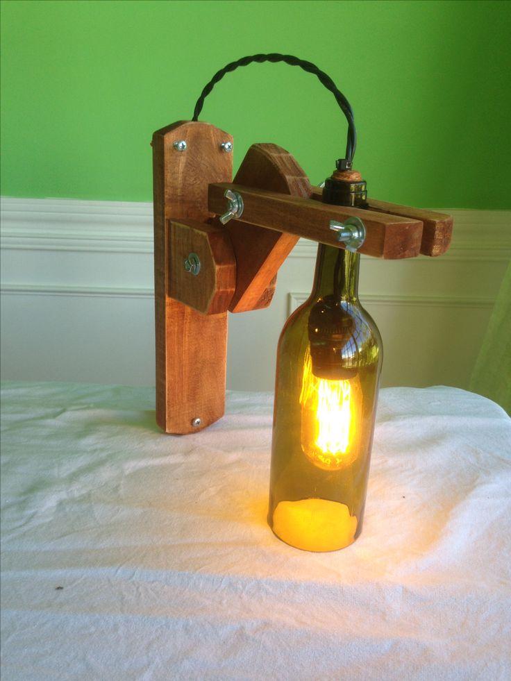 Lámpara articulada, material reciclado