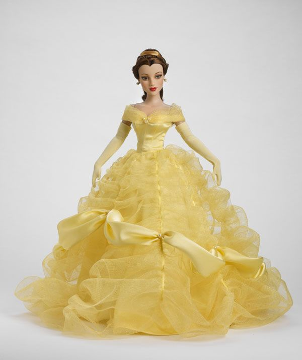 Gorgeous Tonner Belle in ball gown.
