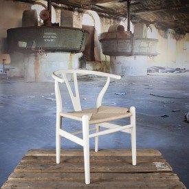 Design stoel Wishbone-y-chair wit