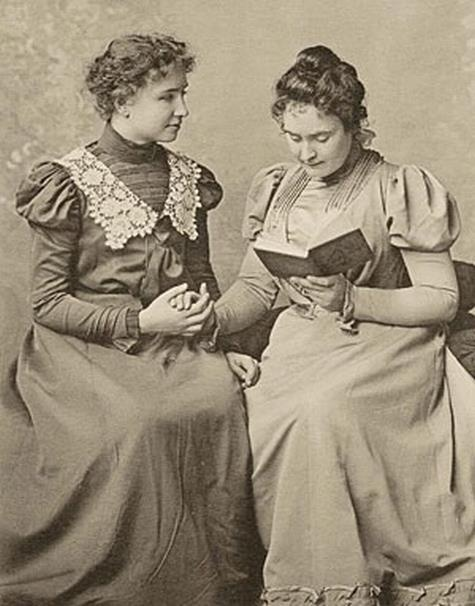 Belle  Helen Keller e Anne Sullivan