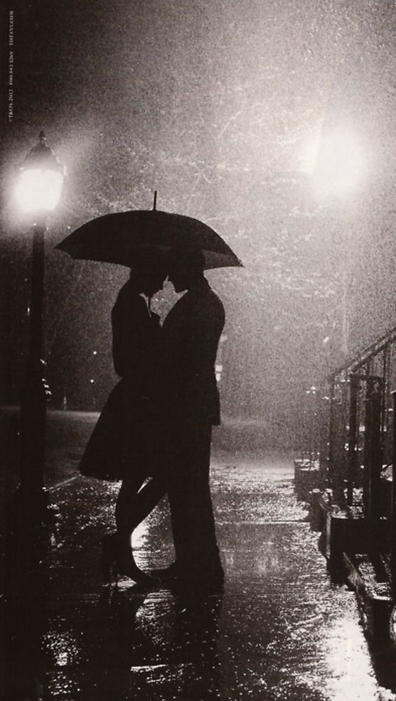 Sunday (birthday) theme: Lovers in the rain.True passion and love don't wash away that easy.The leg thing :)