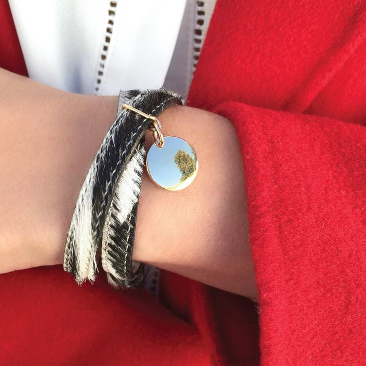 Gift personalized leather bracelet with zebra print hair and make unforgettable present. #lilou #leather #bracelet #zebra #print #hair #medallion #international #womensday